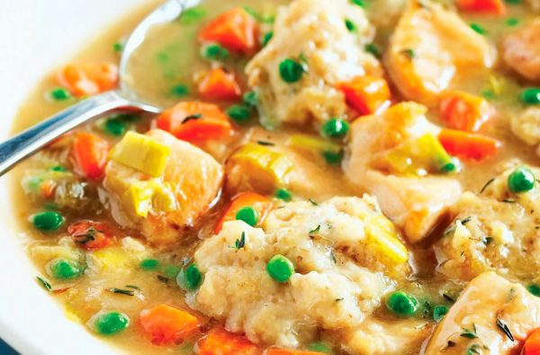 Receta de pollo guisado en salsa de avellanas